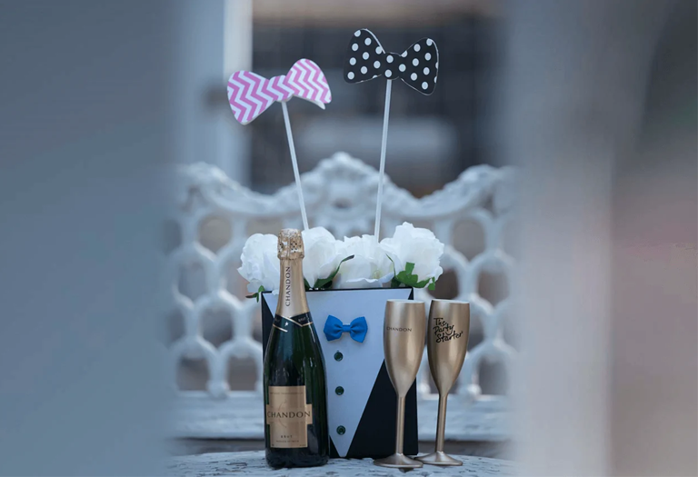 Bubbles-and-Bow-Tie